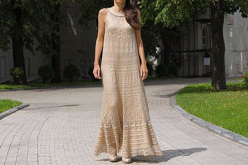 Size 36-40. The dress is wide; it has spare volume for bigger sizes due to lace knitting and silk characteristics.