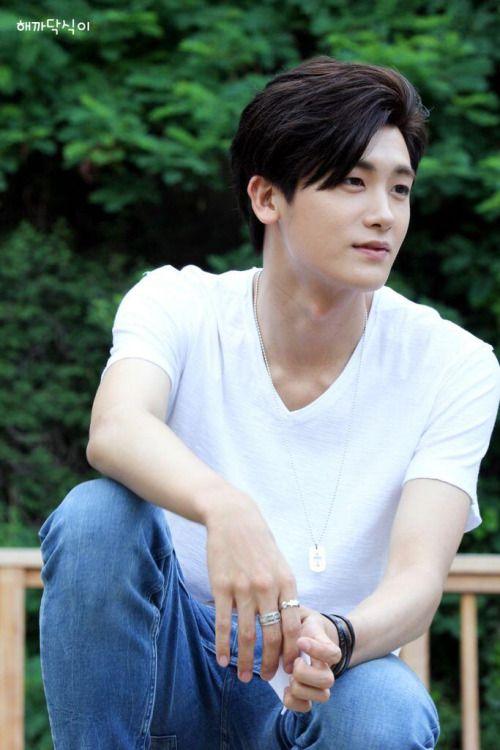 140629 ZE:A Park Hyungsik @ Inkigayo Mini Fanmeeting
