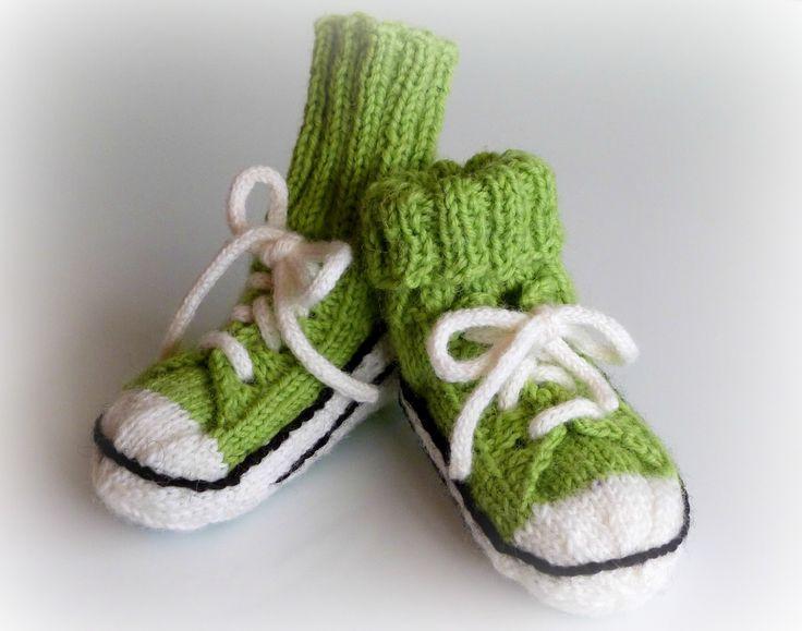 Helemenkerrääjä puikkoviidakossa: Vauvan tennarisukat