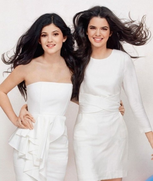 Kylie and Kendall Jenner. Stunning dresses. | Dream Closet ...