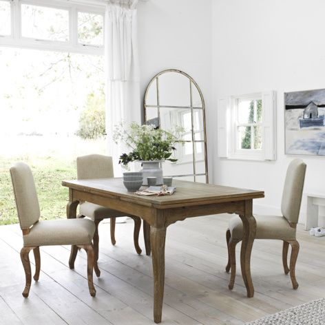 Isabelle kitchen table with Sunday chairs