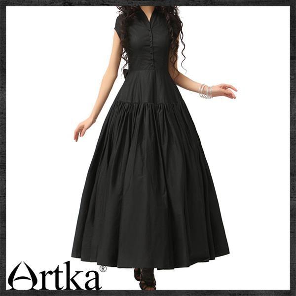 Готическое длинное черное платье