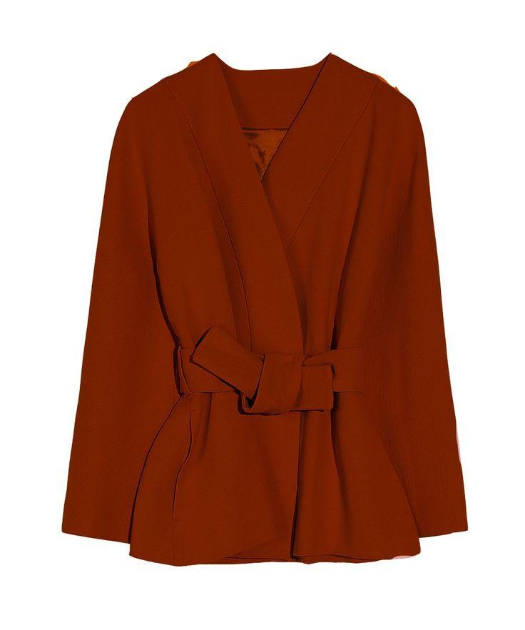 <ul> <li>Kimono jasje met satijnstretch voering</li> <li>Klein streep reliëf</li> <li>Sluit met twee knoopjes aan binnenkant</li> <li>Ceintuur</li> <li>Steekzakjes in zijnaad</li> <li>Gemaakt in ons atelier in Turkije</li> </ul>