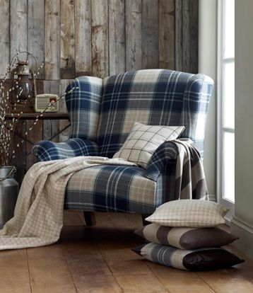 There is something oddly appealing and cozy about a tartan chair (<3 the tiny…