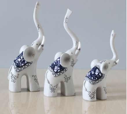 Elephant Family Mom Dad and Child – PawzOutlet