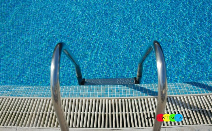 Swimming Pool:Swimming Pool Ladder Pads Above Ground Swimming Pool Ladder Pad Ladder For 30 Inch Pool 60 Inch Pool Ladders Parts Easy Incline Pool Ladders For Heavy People View Of Pool Ladder And Tile Cozy and Smart Swimming Pool Ladder Pads Design Ideas