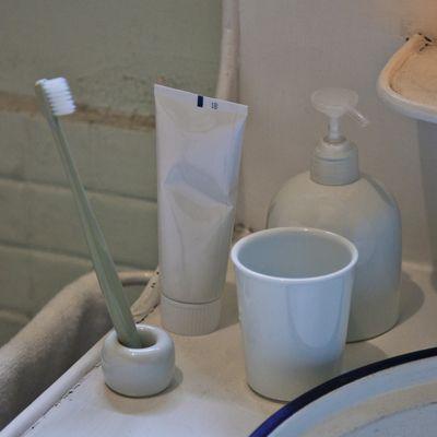 【まとめ買い】白磁歯ブラシスタンド 1本用 12個セット | 無印良品ネットストア