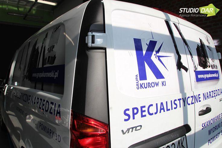 Dla grupy Kurowski na 45-lecie firmy przygotowaliśmy nowy logotyp oraz projekt i oklejanie samochodu firmowego #Mercedes #Vito - wszystkie wydruki wykonaliśmy na własnych maszynach oraz zabezpieczyliśmy laminatem chroniącym przed kamykami, brudem, rysowaniem i blaknięciem. www.StudioDar.pl  #wrapping #STUDIODAR #oklejaniesamochodow