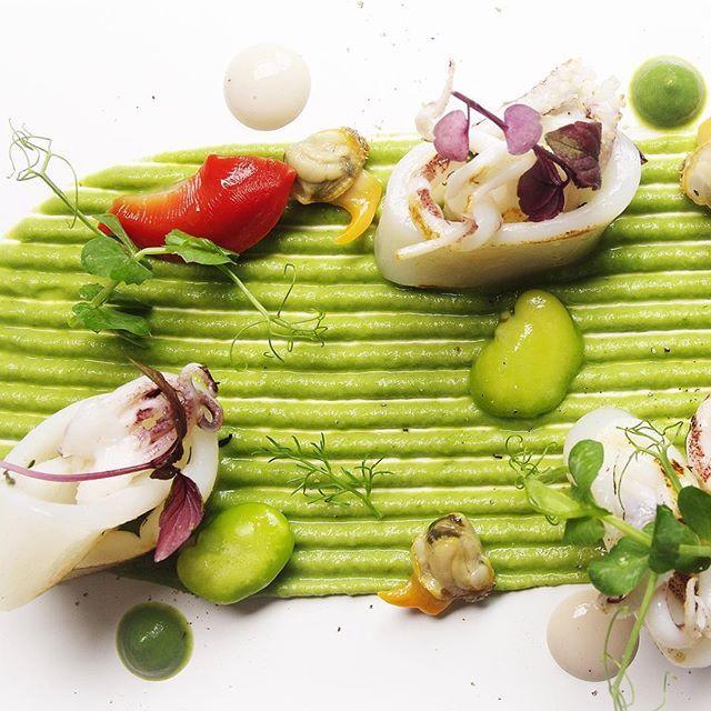 "JRE FOOD TOUR Chef JRE  Davide Cera ristorante Antica Osteria Cera Campagna Lupia (VE)  http://www.osteriacera.it #davidecera #anticaosteriacera #aroundvenezia #venice #venezia #romanticcity #jrefoodtour  #eightysevenjre  #colour #creativity #instafood #foodie #gourmet  #foodpic #foodphotografy  #amazing #delicious #theartofplating #deliciousfood  #arounditaly #enjoy  #ristorante #foodie #photooftheday  #tasteflavours @michelinstarfood #michelinstarfood  #starmichelin ""SCAMPO DORATO con…"
