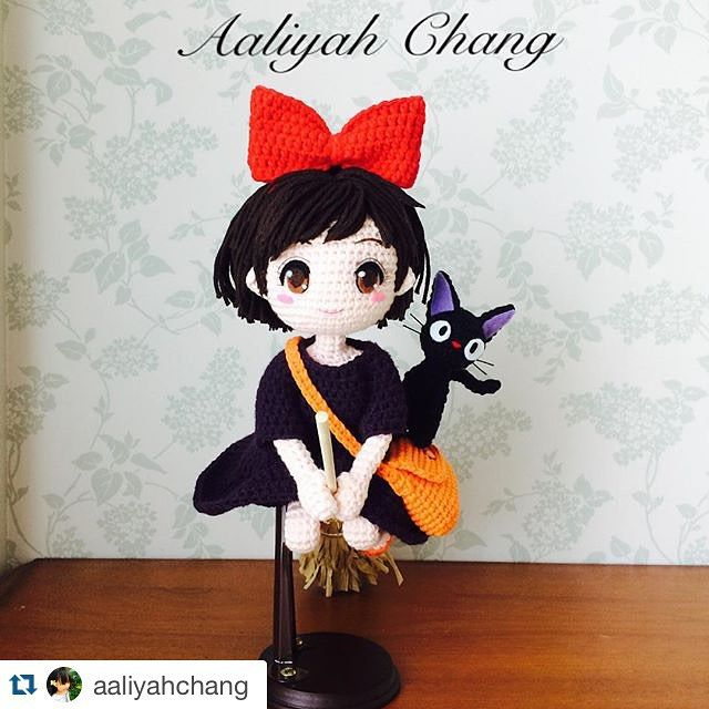 Adorable amigurum doll with tiny cat. (Inspiration).