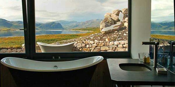 Tub with a view!  Croft 103, Near Durness, Sutherland, North Scotland Hotel Reviews   i-escape.com