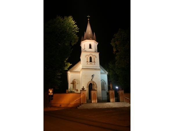 Iluminacja kościoła p.w. św. Mikołaja w Białym Kościele