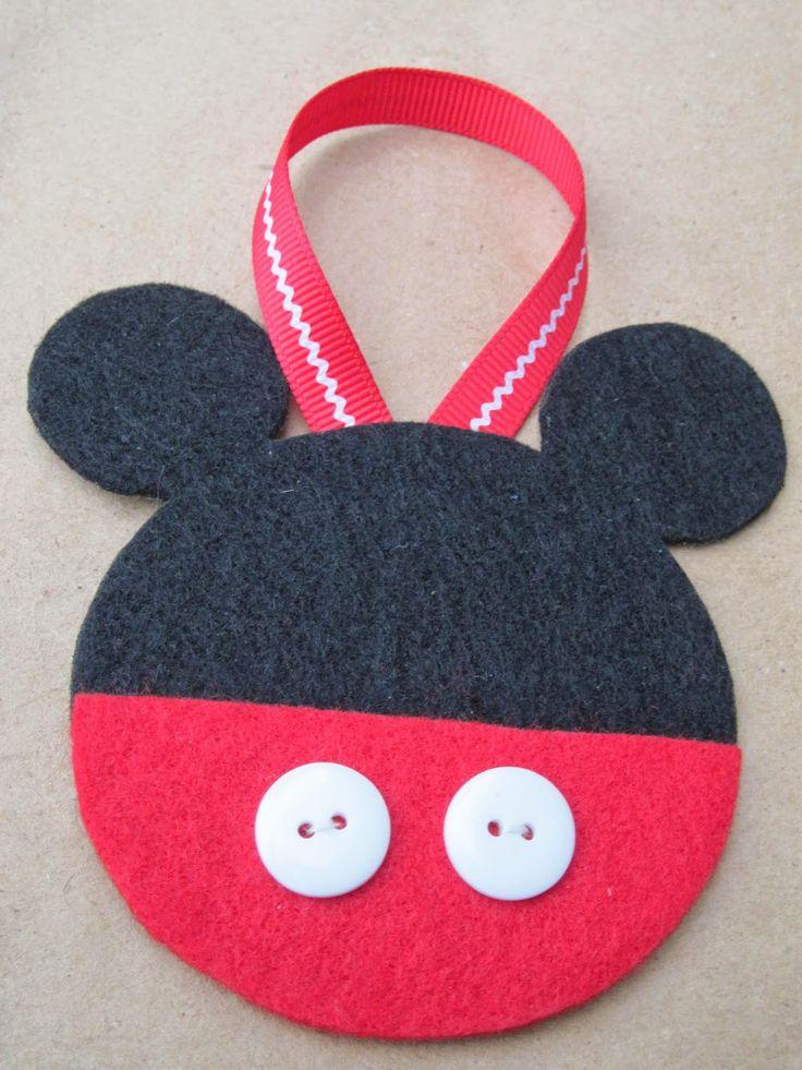 20+ DIY Disney ornaments | Lots of fun kids craft ideas for your Christmas decorating! Frozen ornaments, Ninja Turtle ornaments, Mickey Mouse ornaments and Disney princess ornament ideas! So fun!