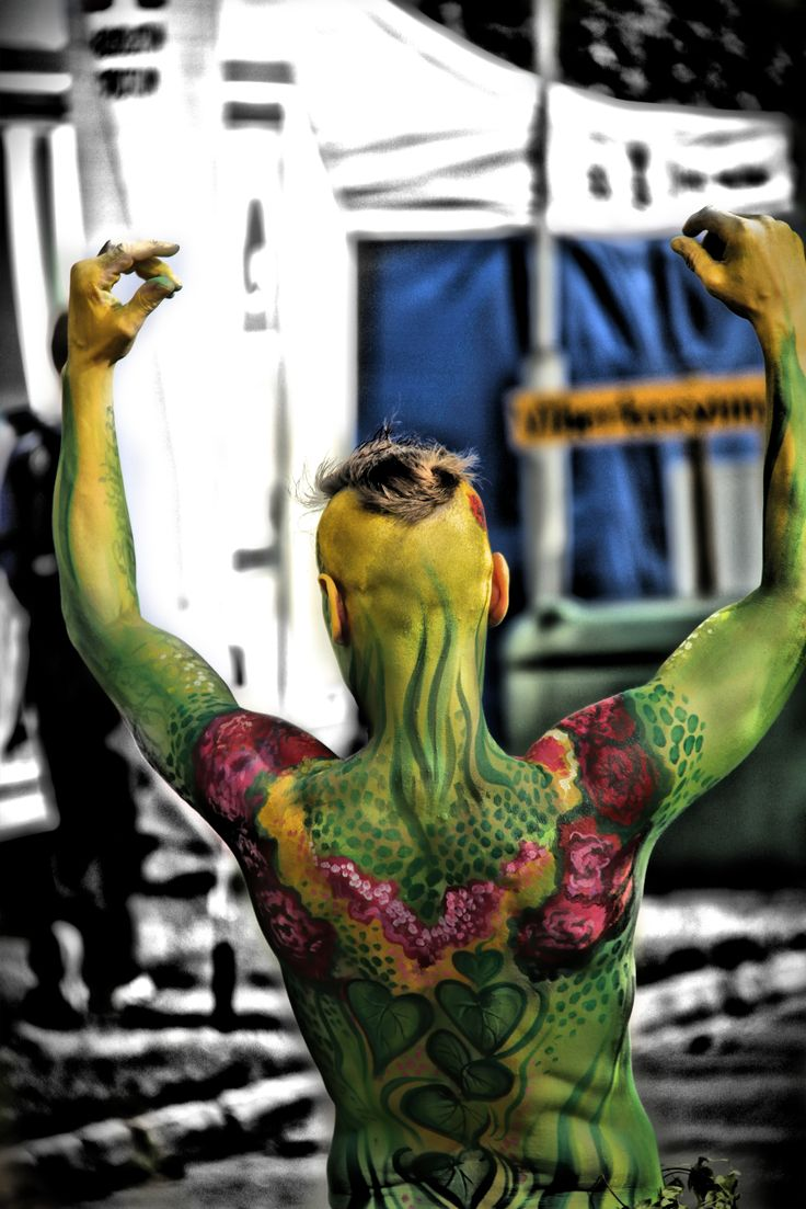 This is the green dancer! #bodypainting #art #dance #Lepaa