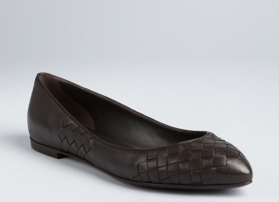 Of The Week: Bottega Veneta Espresso Flats. Reg: $650; NOW: $189 {71% Savings!} lesley@thestylehunter.com if you are interested in purchasing