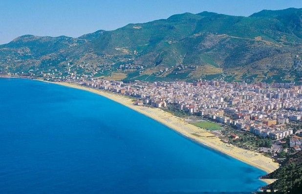 Kleopatra Beach Alanya - seen from the Castle top!