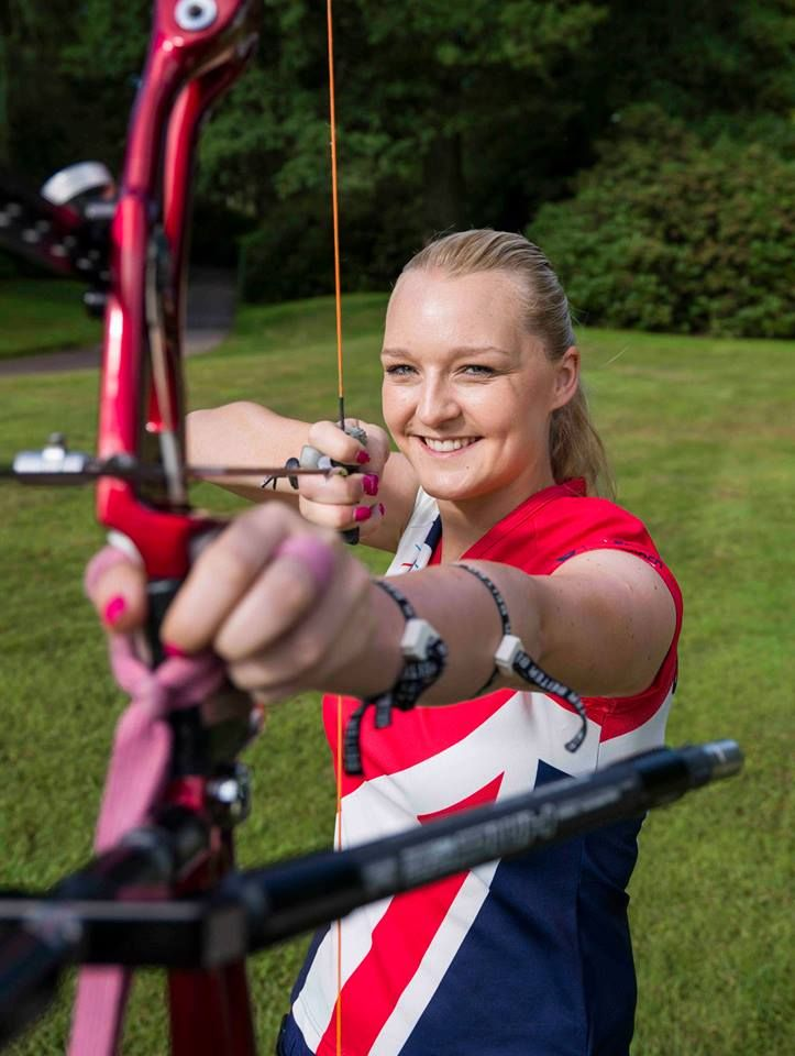 As proud sponsors of the Archery GB National Series Final, we were in the Nottingham Market Square on Wednesday 14th August with the Archery GB team offering people the chance to have a go at archery.