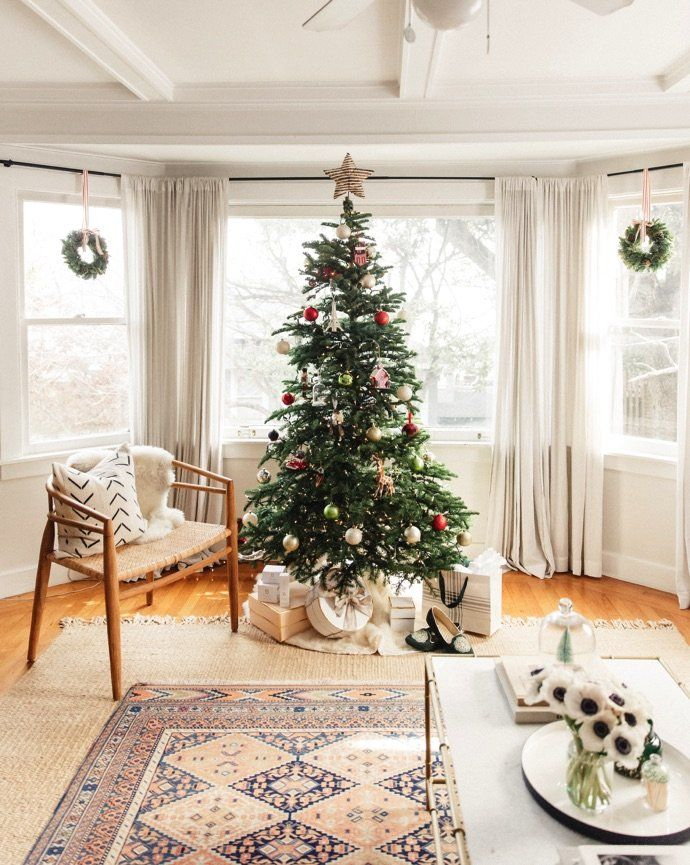 A pretty and festive holiday home tour full of affordable pieces