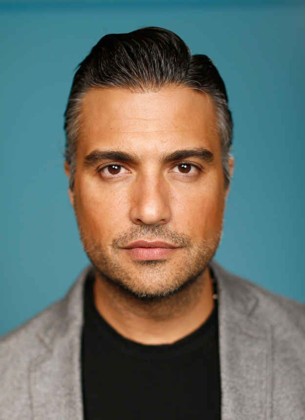 "Can We All Just Take A Moment To Appreciate Jaime Camil From ""Jane The Virgin""?"