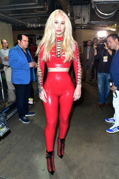 "Iggy Azalea Photos Photos - Iggy Azalea is seen backstage during Univision's ""Premios Juventud"" 2017 Celebrates The Hottest Musical Artists And Young Latinos Change-Makers at Watsco Center on July 6, 2017 in Coral Gables, Florida. - Univision's 'Premios Juventud' 2017 Celebrates the Hottest Musical Artists and Young Latinos Change-Makers - Backstage"