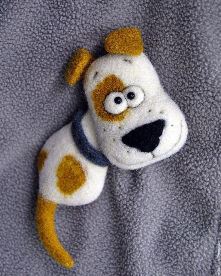 """Купить Валяная брошь """"Пёс Барбос"""" - белый, рыжий, Пятнистый, золотой, пес, собака, щенок"""