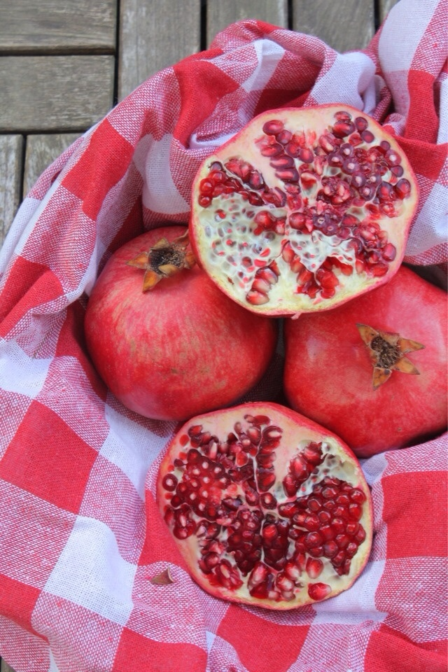 Pomegranates in Istanbul