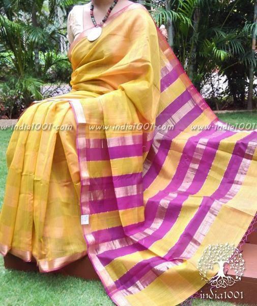 Stunning Handloom Maheshwari Saree with Geecha weave