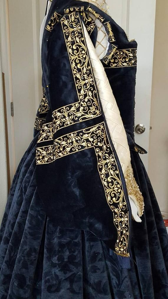 PLUS SIZED Spanish Gown Custom Embroidery Elizabethan | Etsy