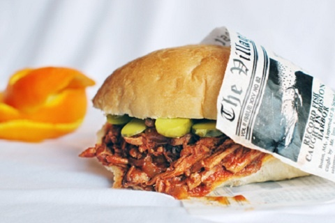 Orange Barbecue Pulled Pork Sandwiches (from Family Spice Blog)Slow Cooker Recipe, Pulled Pork Recipe, Fun Recipe, Pork Crock Pots, Families Spices, Pulledpork, Pork Sandwiches, Orange Barbecues, Barbecues Pulled Pork