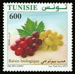 Subject  Organic Farming In Tunisia : The Grapes  Number  1913  Size  36x36 mm  Issue Date  12/05/2012  Number issued  500 000  Serie  Ordinary  Printing process  offset  Value  600 millimes  Drawing  Hela Ben Cheikh