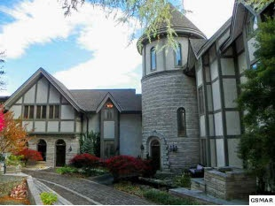 Find this home on Realtor.com: 345 Greystone, Dreams Vacations, Huge House, Future House, Dreams House, Heights Roads, Amazing Castles, Dreams Room, Finding Sales