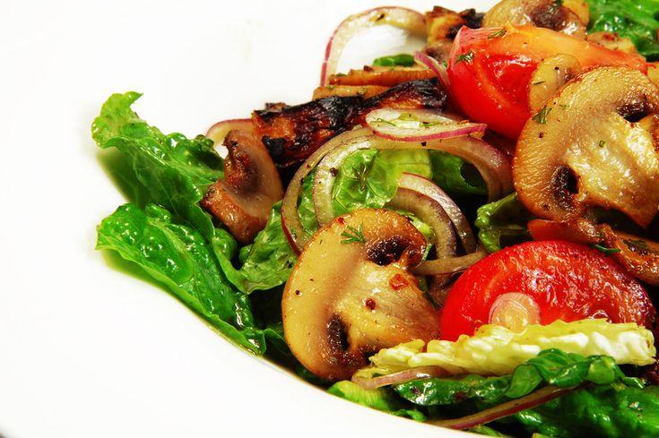 Kalori Hesapçılarına: Mantar Salatası Tarifi - Yemek.com
