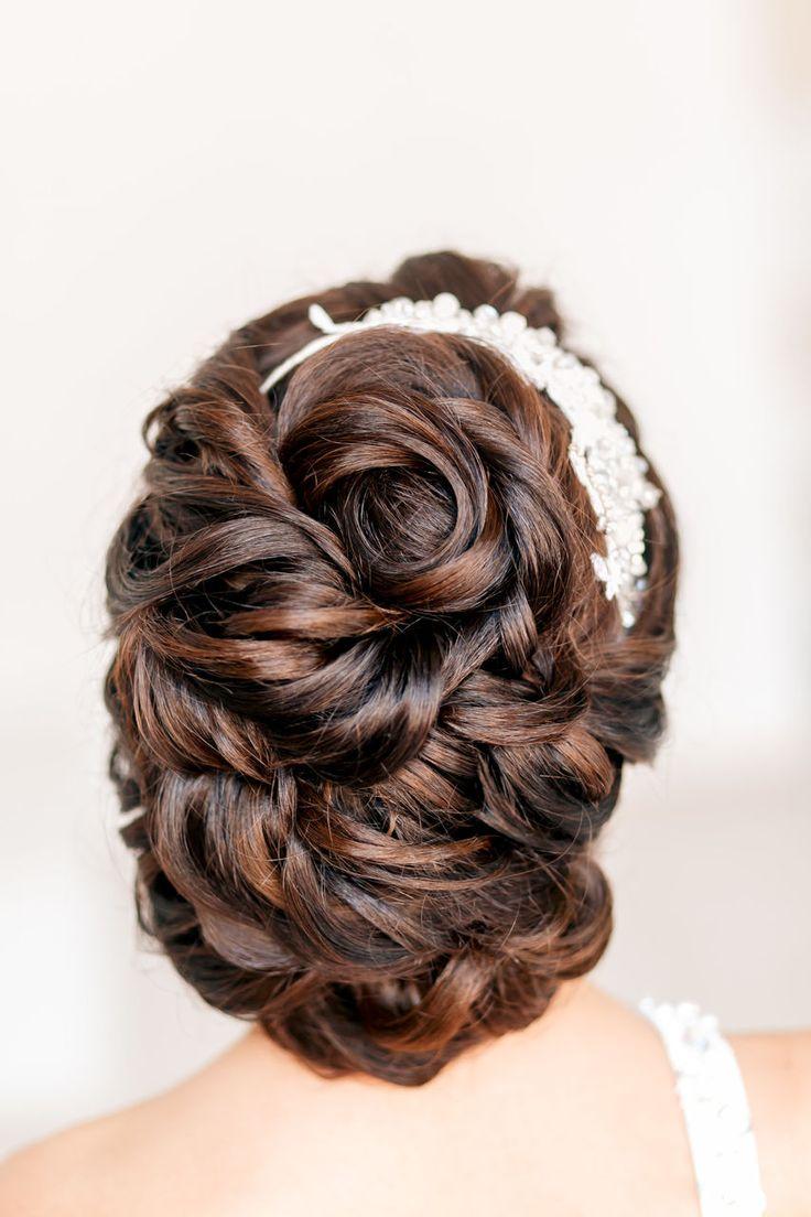 Красивые свадебные прически года на длинные, средние и короткие волосы.