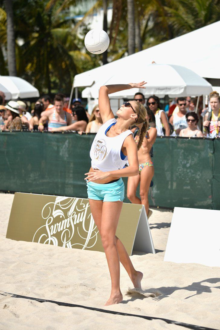 Pin for Later: A Rundown of How Gigi Hadid Stays in Top Model Shape Volleyball and Team Sports Gigi played volleyball throughout high school, which encouraged her competitive nature and taught her physical discipline.