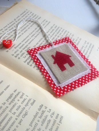 bookmark to puntocroce this is a lovely little handmade project i discovered on 2 different