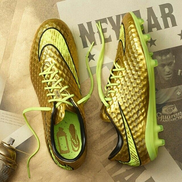 Nike Hypervenom Phantom FG Neymar 2014 World Cup Boots Gold  Volt Black   Chase the dream. Strike for gold. Inspired by his idols f5ab9fe5395