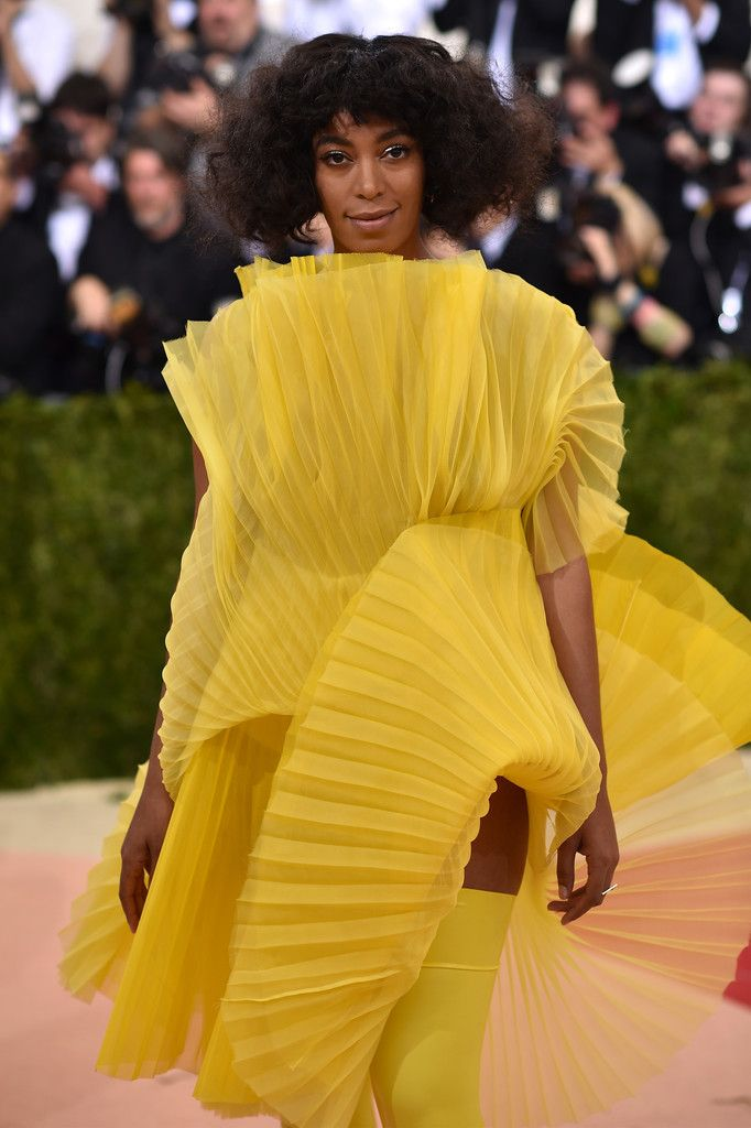 "Solange Knowles attends the ""Manus x Machina: Fashion In An Age Of Technology"" Costume Institute Gala at Metropolitan Museum of Art on May 2, 2016 in New York City."