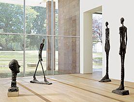 Fondation Beyeler, Basel, Alberto Giacometti de Zwitserse beeldhouwer, vaste collectie