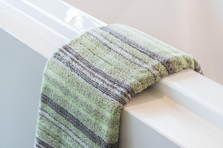 Möve Handtuch Edinburgh in Lime Grün für Badezimmer im klassisch britischen Stil // Jetzt im ATALA Online Shop