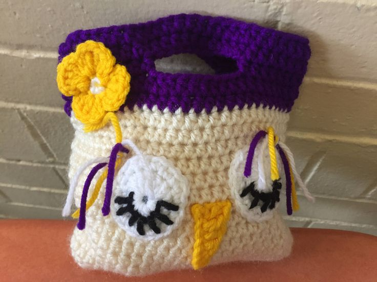 : Crochet bag .Handmade crochet Purse,crochet owls, crochet owl bag, crochet gifts.Goody bags http://etsy.me/2C2DopB #bagsandpurses #birthda