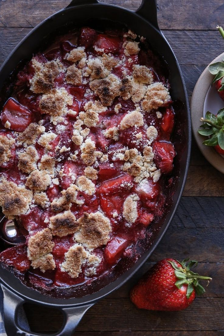 Paleo Strawberry Crumble - a grain-free, refined sugar-free vegan dessert recipe only requiring a few ingredients