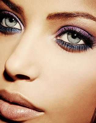BLUE EYES: purple eye shadow with dark blue/grey bottom eye liner