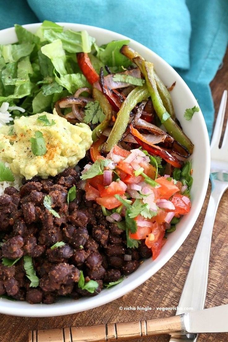 Easy Black Bean Burrito Bowl. Spicy black beans, roasted peppers and ...