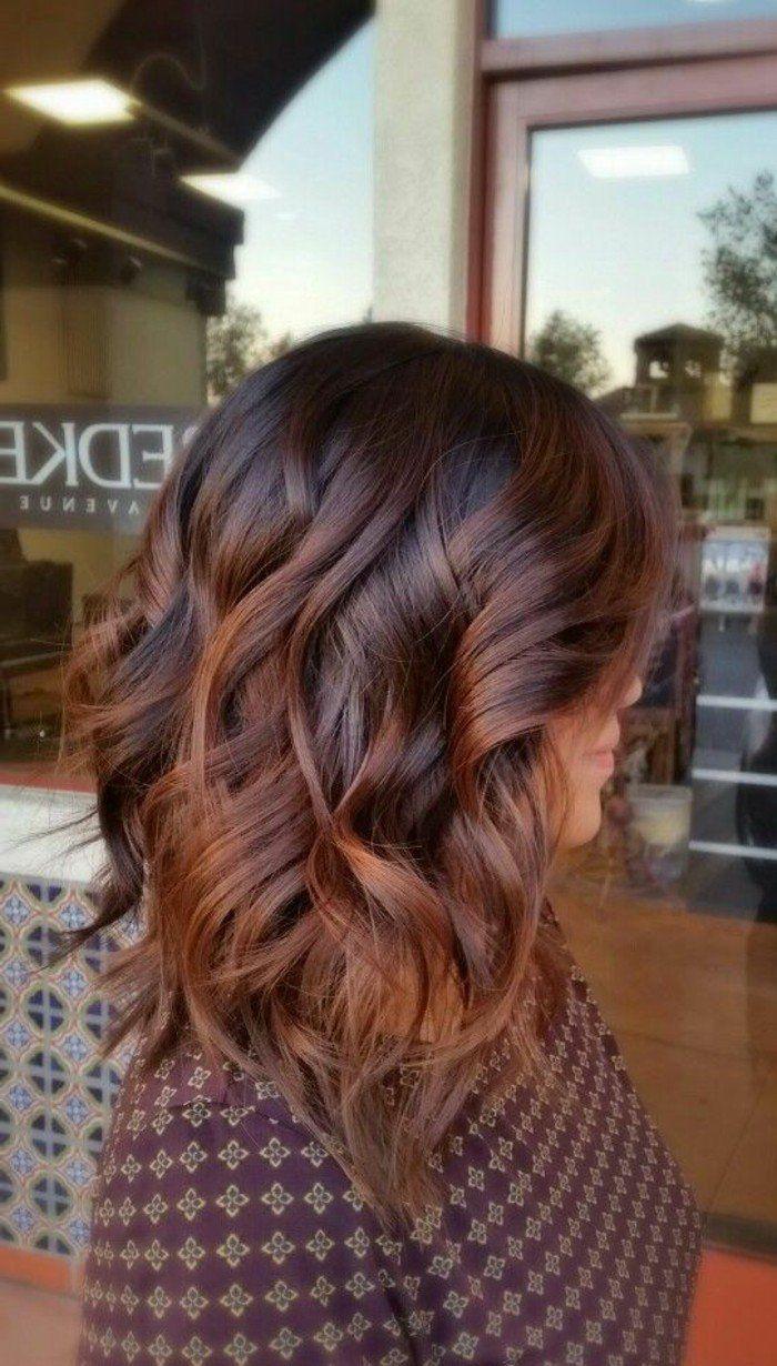 couleur chatin sur cheveux mi-longs