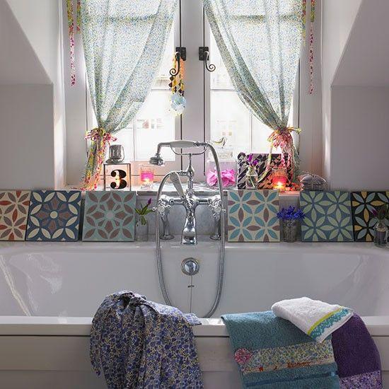 Cottage-chic bathroom