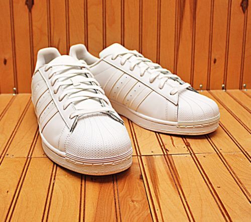 2014 Adidas Originals Superstar Shell Toe Size 13 - Triple White - ART B27136