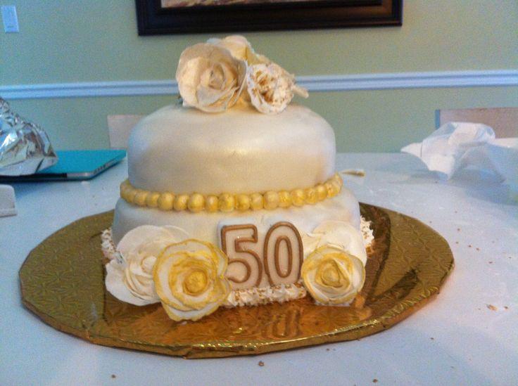 102 best images about mariage anniversaires de mariage for 50e anniversaire de mariage robes en or