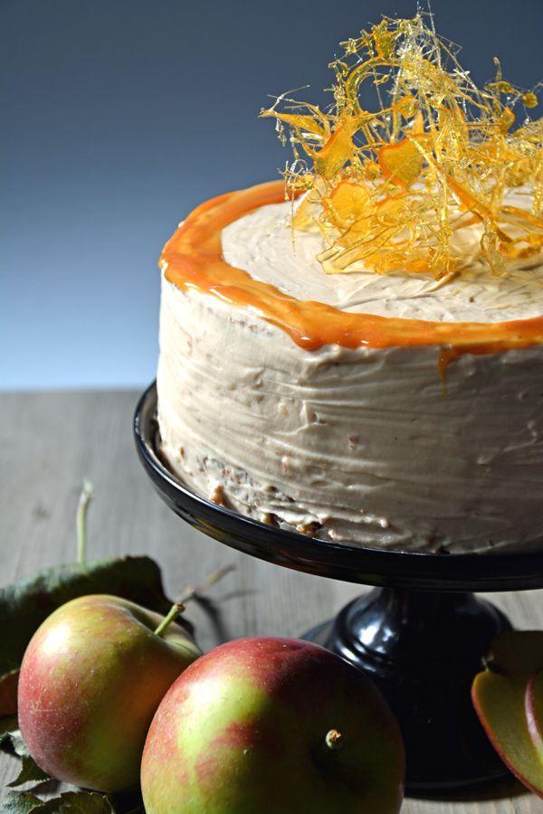 Apfel-Wallnuss-Karamell-Kuchen