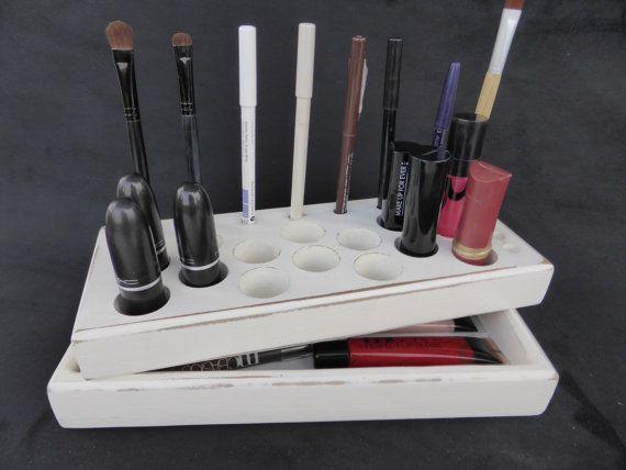 Best 25+ Antique Makeup Vanities Ideas On Pinterest