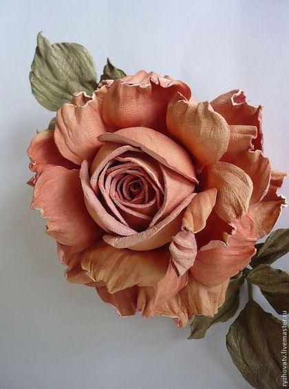 Броши ручной работы. Ярмарка Мастеров - ручная работа цветы из кожи. брошь-роза.. Handmade.